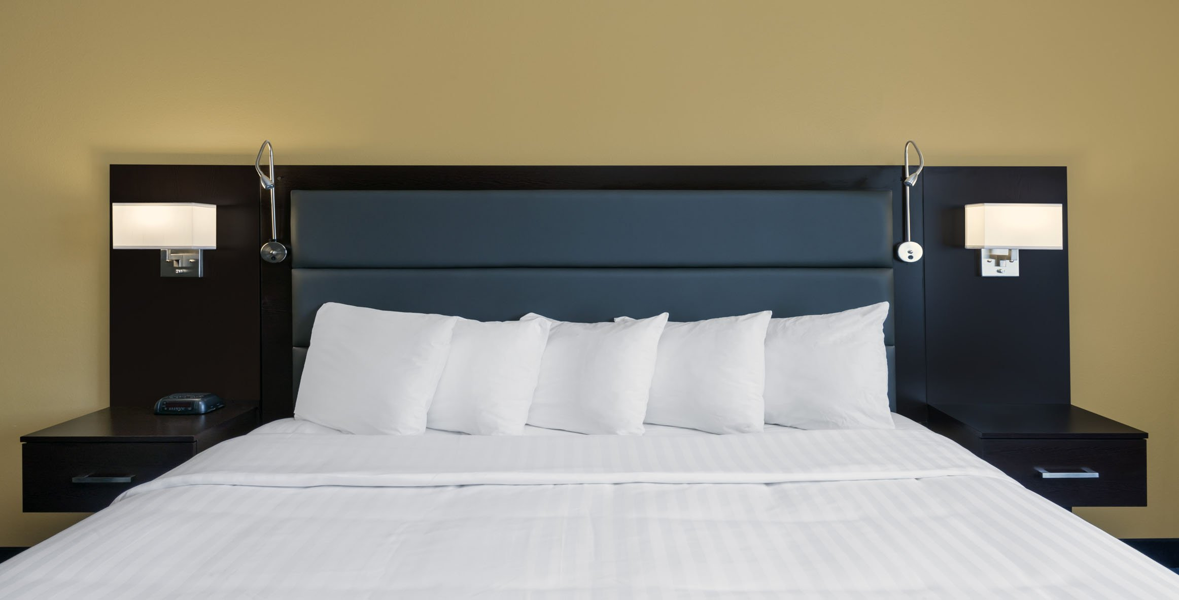 MODERN TOUCHES MAKES YOUR STAY WITH US STRESS-FREE