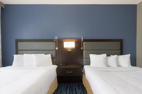 Rooms - 1550 Double Queen